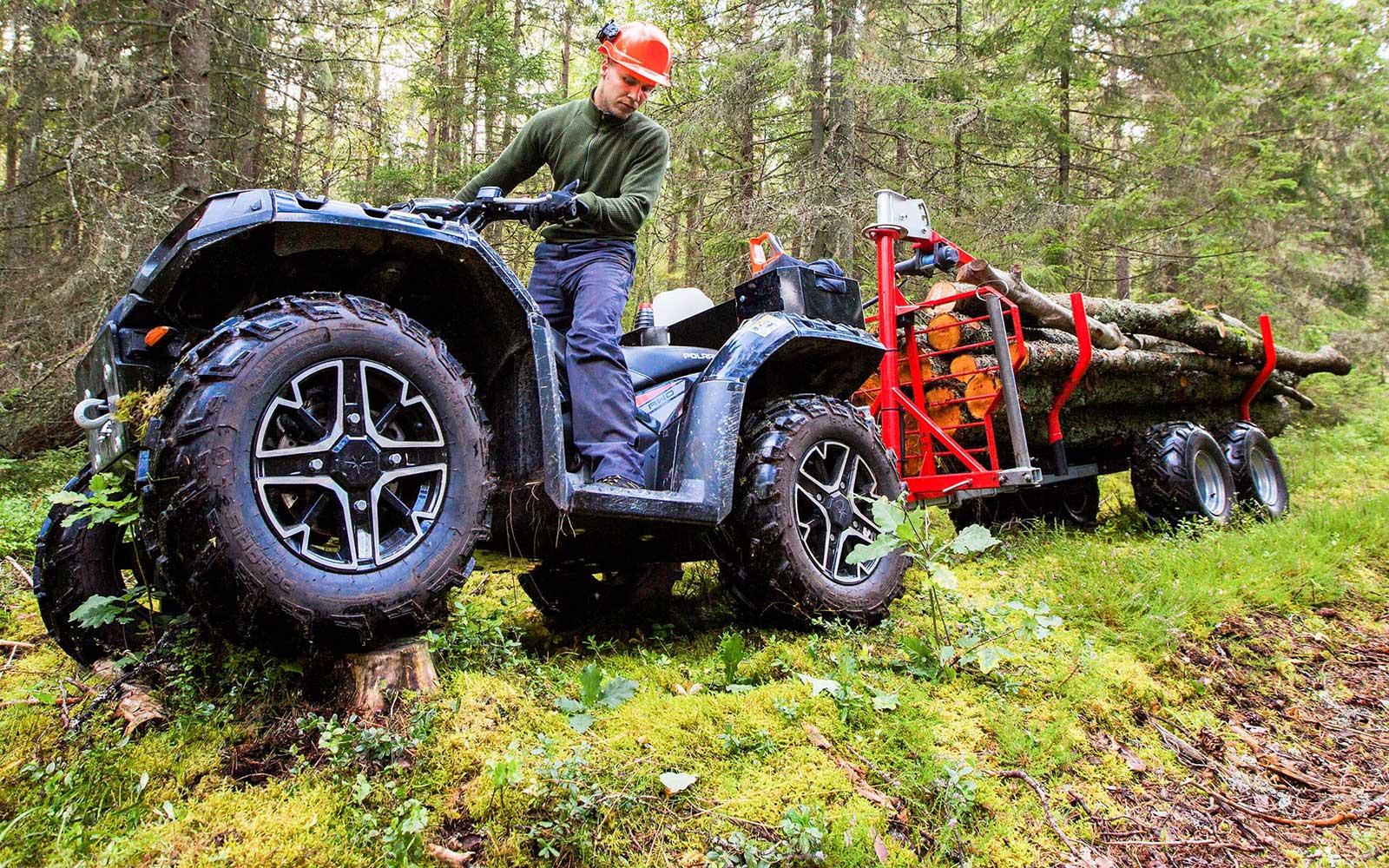 IronBaltic_ATV_UTV_forestry_equipment_frontpage_slider